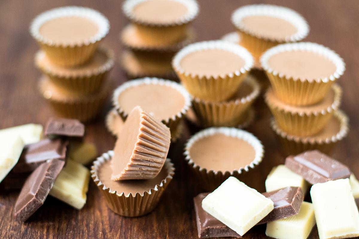 Chocolate Peanut Butter Meltaways   Baker vs. Runner